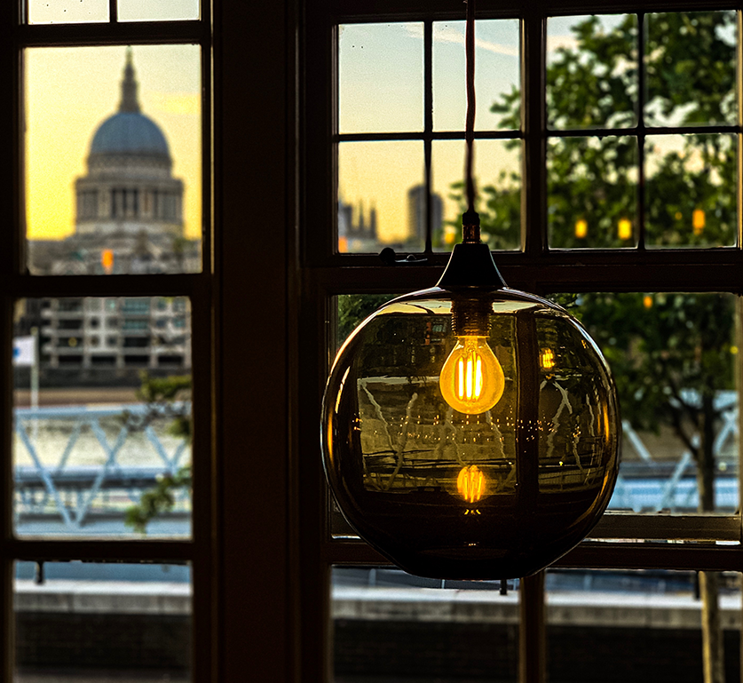 Lighting and view of St. Paul's Cathedral